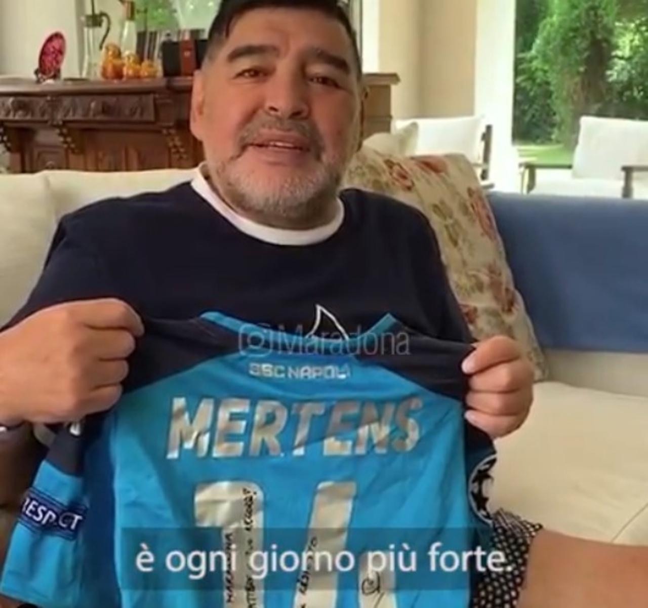 Maradona, complimenti al Napoli
