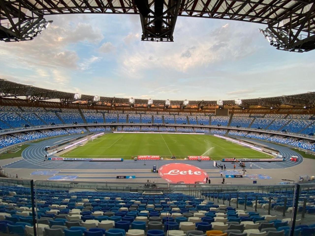 Serie A, tifosi allo stadio