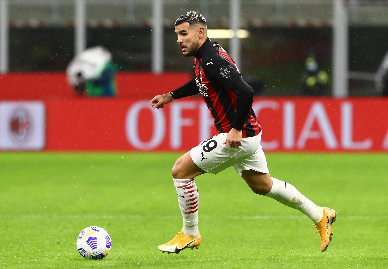 Milan, Theo Hernandez suona la carica contro il Napoli: il messaggio