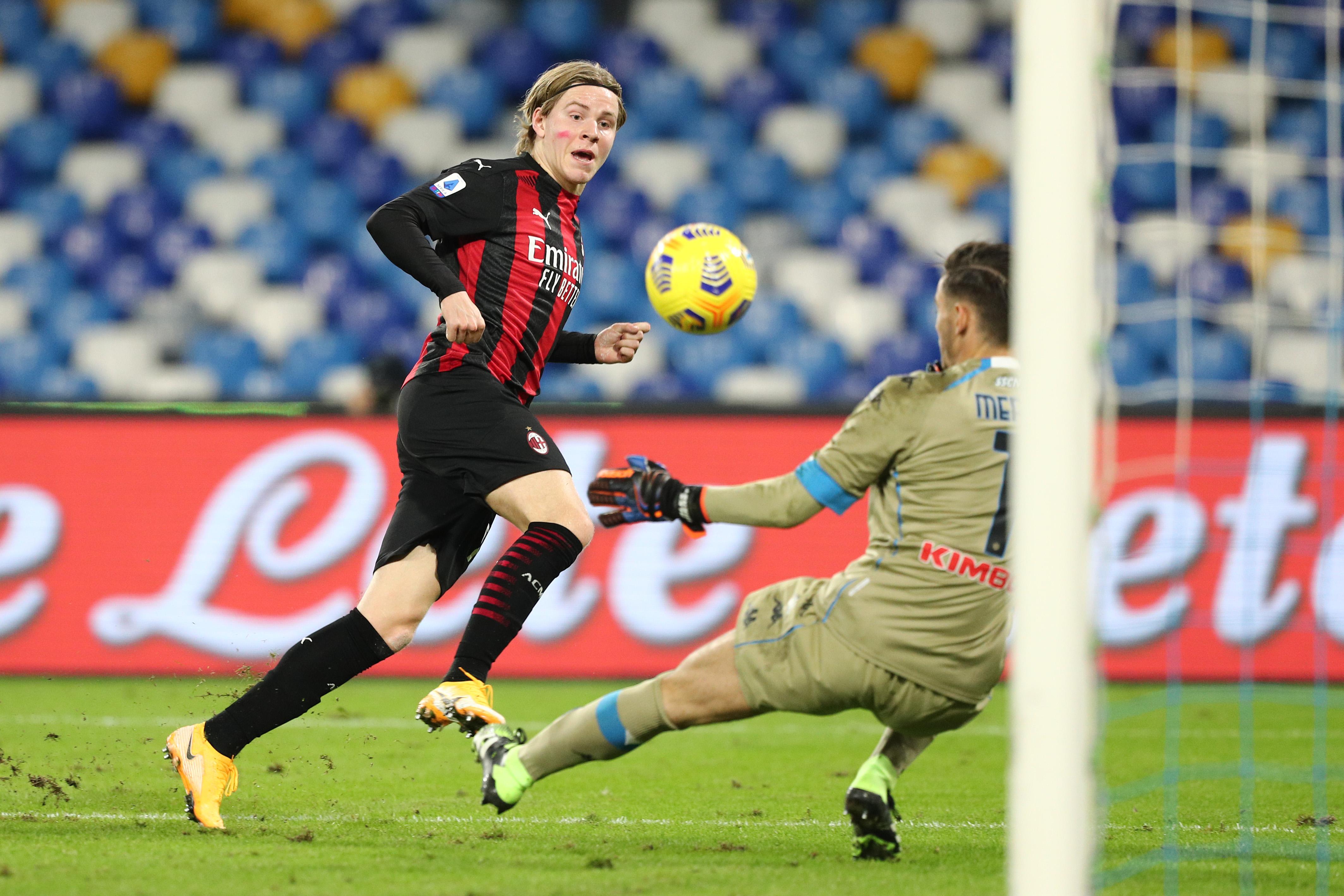 Napoli-Milan 1-3, Hauge chiude i conti nel recupero - VIDEO