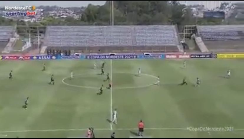 Brasile calciatore espulso